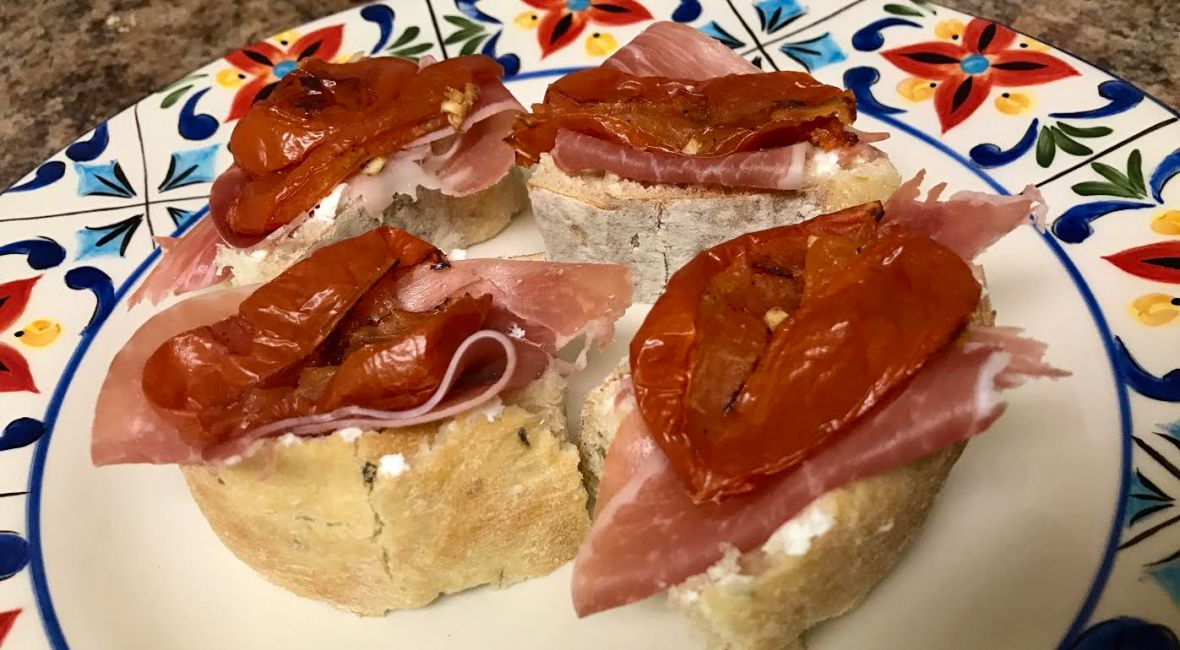 Roasted Tomato, Goat Cheese & Prosciutto Crostinis